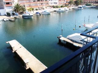 Empuriabrava superbe appartement sur canal