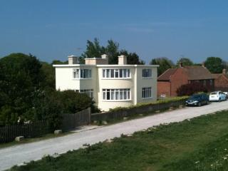 Seabreeze: Top Apartment, Dymchurch
