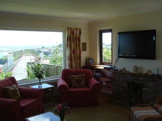 Spacious lounge with gorgeous sea view