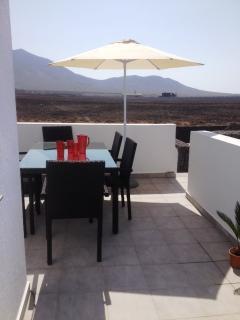 The kitchen terrace, seats 6/8