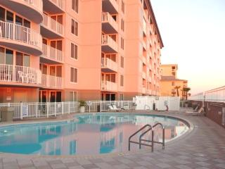 Share Pool and Jacuzzi at Island Princess condominiums