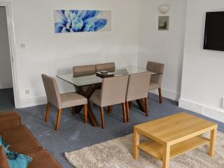 2 BR Finchley Road SF4, Londres
