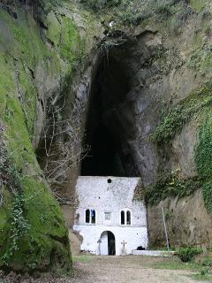 Something you must see. Old monastery of Askiti.