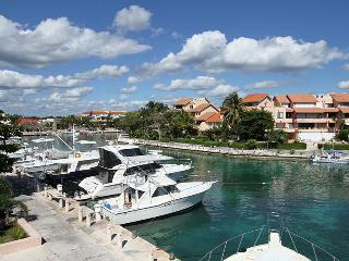 Gorgeous Marina Front Condo, Puerto Aventuras