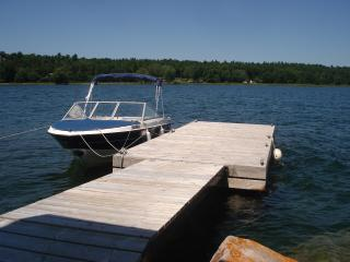 Private island cottage for rent 1000 islands, Mallorytown