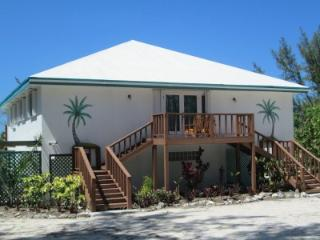 2 Roomed  Apartment in  BEACHFRONT HOUSE  on BEST BEACH in EXUMA sleeping 2-4, George Town