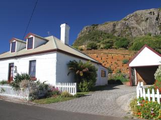 The Captains Cottage, Stanley