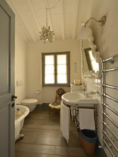 The bathroom at the first floor