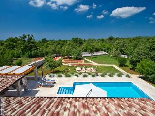 Villa Stokovci, Pool & Whirlpool