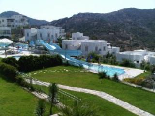 BODRUM HOLIDAYS PRESENTS. 2 BED ROOF TOP APARTMENT, Bodrum City