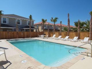 Perfect place for a family wanting to stay together & be close to the Beach!, Corpus Christi