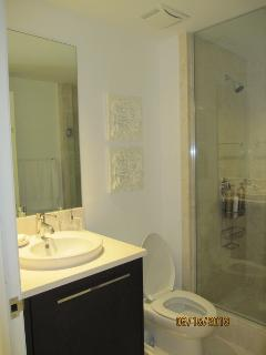 Den Bathroom