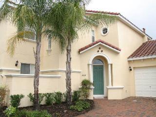 Huge 5BR villa w/ full amenities - T332BD, Davenport