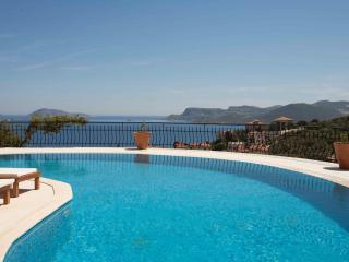Villa Tepe Includes Airport Transfers up to 12per., Kas