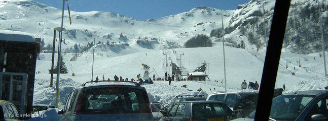 Nearest ski resort less than an hour away
