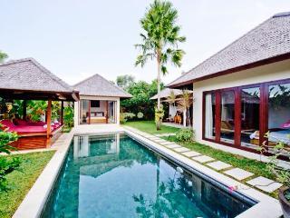 Seminyak Luxury Villa (2)