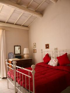 'Melograno' room