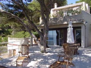 Gorgeous 5 Bedroom Luxury Villa in Ensues La Redonne, Provence