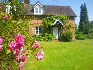 Rosemead Cottage, Handcross