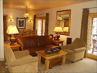Beautiful Living Room Suite with Gas Fireplace