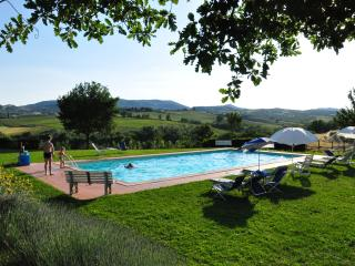 Great place for a Tuscan family holiday, 2 bedroom countryside apartments with shared pool