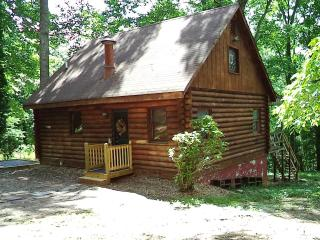 3 Bed, 3bth Secluded Cabin Amherst Co. James River, Madison Heights