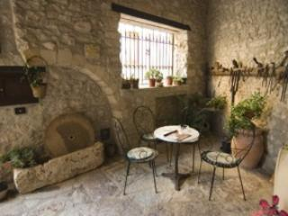 'Erice style' courtyard. just sit and unwind!