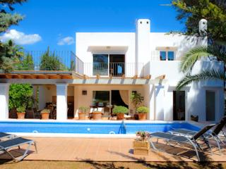 4 bedroom Villa in Cala d'Or, Balearic Islands, Spain : ref 5000808