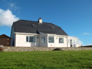 Bodnant, Sleeps 6, Sea views & WiFi, Aberdaron