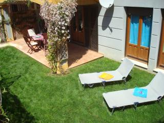 Costa Esuri ground floor apartment with sunny private garden and shared pool