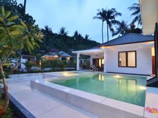 Lombok Krandangan Private, Senggigi