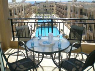 Royal Seacrest, Four Seasons, Pafos