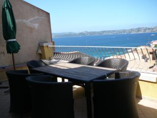 Stunning & modern apartment La Maddalena