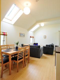 Dinning area in Livingroom