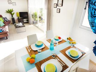 Lovely 2BED - Great Location!, Paphos
