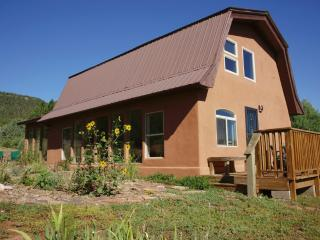 Beautiful, Private 3BR Glorieta House w/Stunning Views - 15 Minutes from Santa Fe!