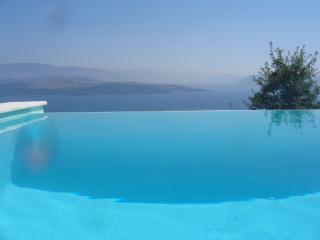 Molo, Agios Stefanos
