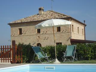 Your Villa in Italy. Private pool, veranda, bbq, Wifi, satTv, garden.