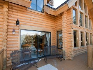 Large 6BR Alma Cabin w/Spectacular Rocky Mountain Views - Near Skiing, Hiking, River Rafting & More!