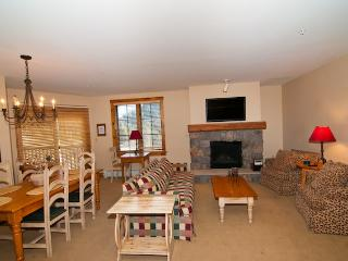 Ski-In/Ski-Out Spacious 1BR Keystone Condo w/Pool & Hot Tub Access - Walk to Chairlifts!, Dillon