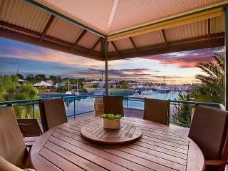 WATERFRONT 4BRM HOUSE CULLEN BAY DARWIN, Darwin