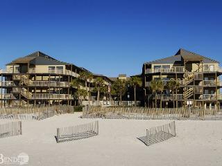 Sandpiper 2C ~ Marvelous Beachside Hideaway, Gulf Shores