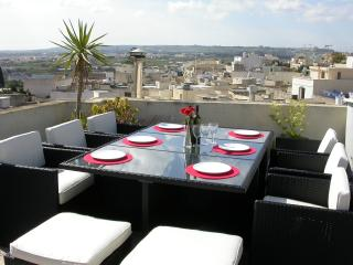 Dine Al Fresco and enjoy the surrounding country views