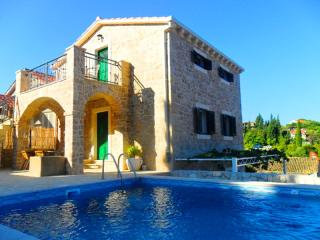 Two stone villas with pool, Klek