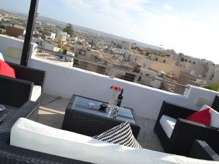 Malta family holiday apartment Naxxar with views