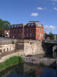 Bell House by Wallbridge Lock - The canals are being restored as a leisure waterway - great walking!