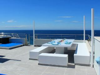 Atico Tarida: luxury penthouse, Cala Tarida