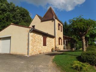 Villa de Bezenac, Saint-Cyprien