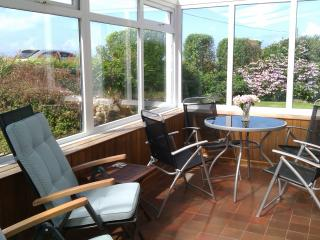 Pentrew, granite cottage sleeps 4, dogs welcome