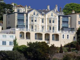 1a Astor House Cosy one bed sleeps 2, Torquay